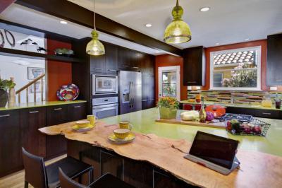 Zöld lámpás konyha - konyha / étkező ötlet, modern stílusban