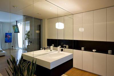 Fehér fürdőszoba bútor - fürdő / WC ötlet, modern stílusban