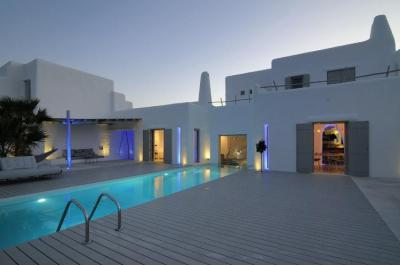 Terasz medencével - erkély / terasz ötlet, mediterrán stílusban
