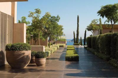 Modern mediterrán terasz növényekkel - erkély / terasz ötlet, mediterrán stílusban