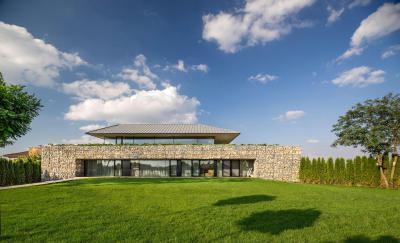 Modern lakóház - homlokzat ötlet, modern stílusban