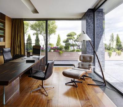 Dolgozószoba panoráma ablakkal - dolgozószoba ötlet, modern stílusban