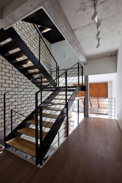 Lépcsőház - belső továbbiak ötlet, modern stílusban