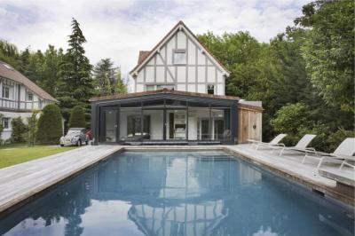 Kerti pavilon - erkély / terasz ötlet, modern stílusban