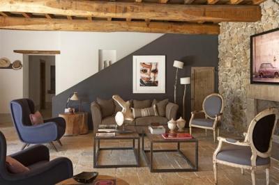Rusztikus ház modern bútorokkal - nappali ötlet, rusztikus stílusban