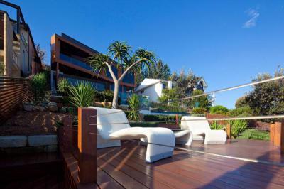 Modern bútorok a teraszon - erkély / terasz ötlet, modern stílusban