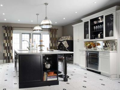 Fekete-fehér konyha - konyha / étkező ötlet, klasszikus stílusban