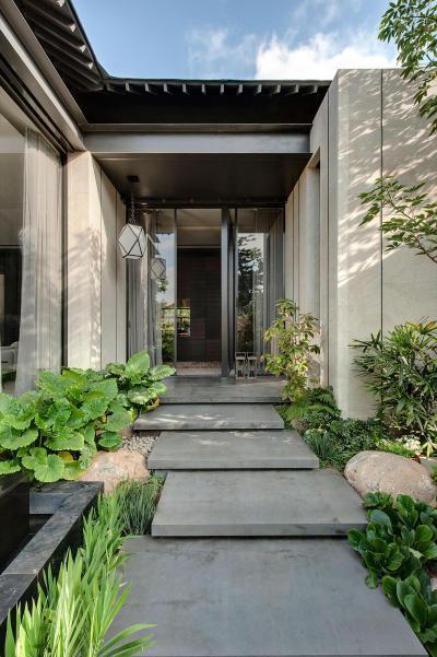 Üveg bejárati ajtó - bejárat ötlet, modern stílusban