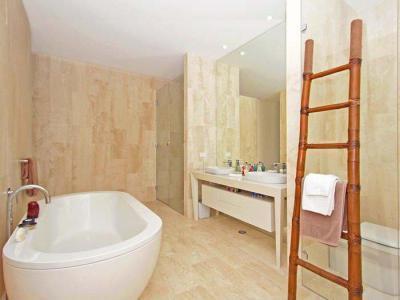 Fürdőkád kavalkád8 - fürdő / WC ötlet