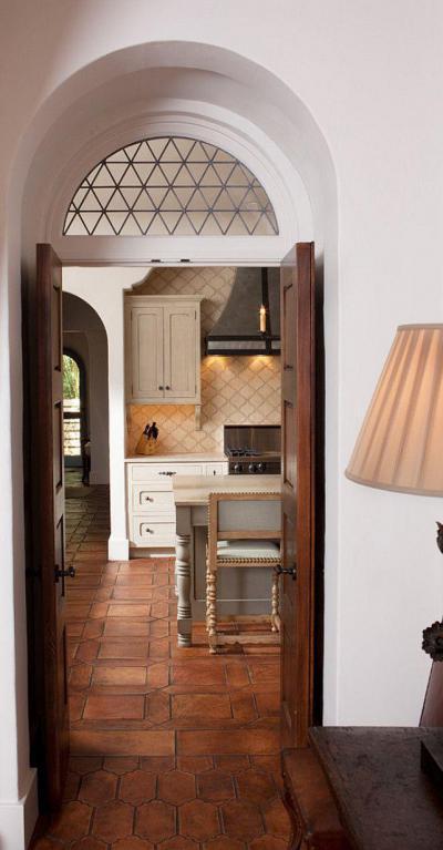 Boltíves konyhabejárat - konyha / étkező ötlet