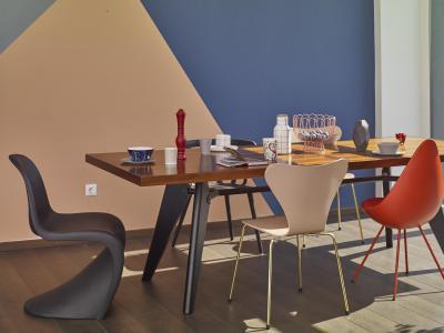 Színes falak az étkezőben - konyha / étkező ötlet, modern stílusban
