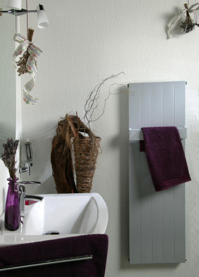 Fókusz panelradiátor - fürdő / WC ötlet, rusztikus stílusban