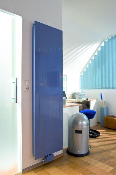 Fókusz panelradiátor - dolgozószoba ötlet, modern stílusban