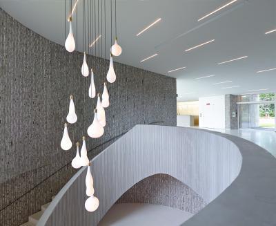 Téglával burkolt lépcsőház - belső továbbiak ötlet, modern stílusban