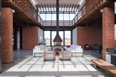 Tágas nyitott nappali - nappali ötlet, modern stílusban