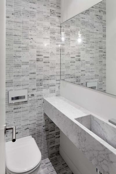 Márványmosdó a fürdőben - fürdő / WC ötlet, modern stílusban