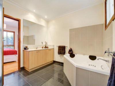 Fürdőszobák5 - fürdő / WC ötlet, modern stílusban