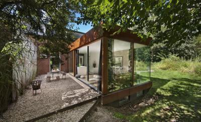 Üvegfalú veranda - kert / udvar ötlet, modern stílusban