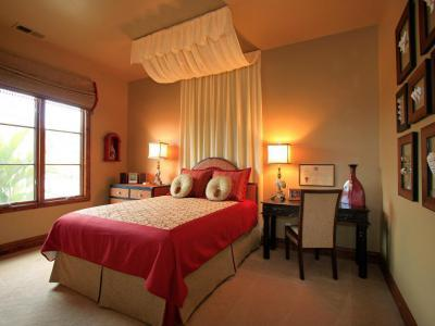Fél-baldachinos ágy - háló ötlet, klasszikus stílusban