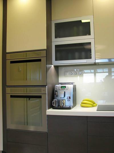 Beépített konyhagépek - konyha / étkező ötlet, modern stílusban