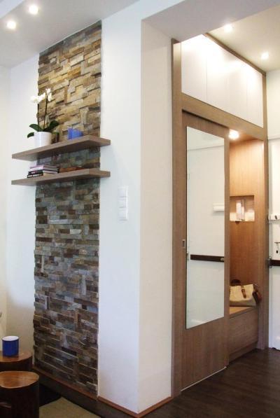 Előszobából nyíló nappali - előszoba ötlet, modern stílusban