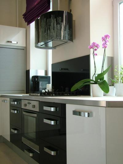 Design elszívó a konyhában - konyha / étkező ötlet, modern stílusban