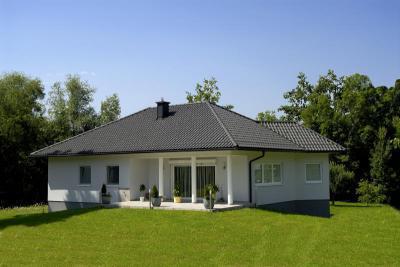 TONDACH® Rumba kerámia tetőcserép engóbozott antracit színben - tető ötlet, modern stílusban