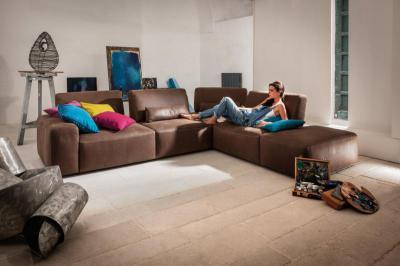 Brio kanapé - nappali ötlet, modern stílusban