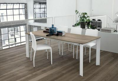 Sole kihúzható étkezőasztal - nappali ötlet, modern stílusban
