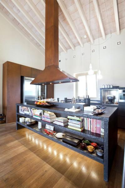 Konyhasziget tárolóhellyel - konyha / étkező ötlet, modern stílusban