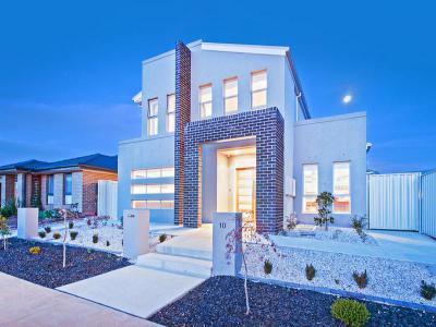 Különböző formák és alakzatok a háztetőn46 - tető ötlet, modern stílusban