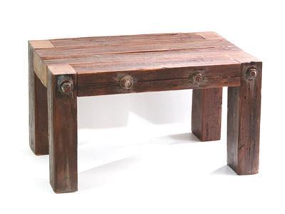 Gerenda lerakó-asztal - nappali ötlet, rusztikus stílusban