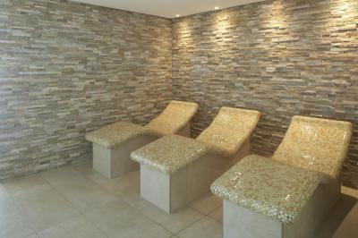 Pihenőágyak Lambda Wedi építőlemezzel kialakítva - belső továbbiak ötlet, modern stílusban
