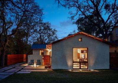 Nyaraló kis terasszal - homlokzat ötlet, modern stílusban