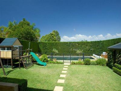 Kerítés a ház körül9 - kert / udvar ötlet, modern stílusban