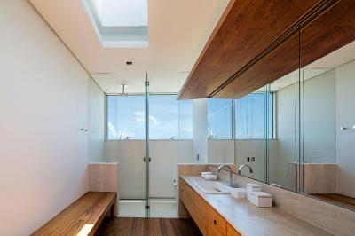 Natúr hatású fürdőszoba - fürdő / WC ötlet, modern stílusban