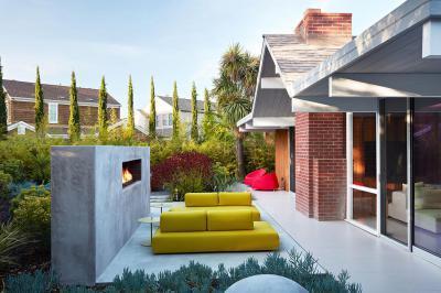 Modern terasz kültéri kandallóval - erkély / terasz ötlet, modern stílusban