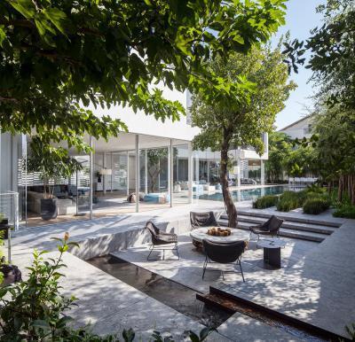 Hangulatos terasz tűzrakóval - erkély / terasz ötlet, modern stílusban