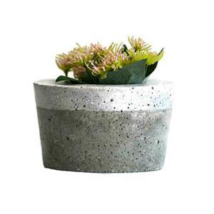 Ezüstösen csillogó beton virágtartó