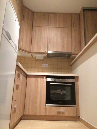 Sonoma világos tölgy bútorlapos konyhabútor - konyha / étkező ötlet, modern stílusban