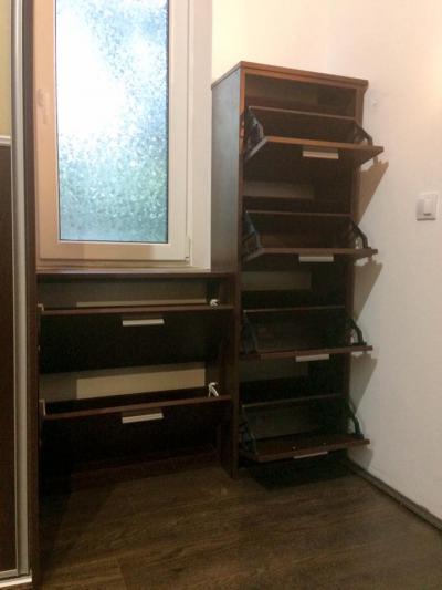 Tiroli Csokoládé bükk színű, laminált bútorlapos billenős cipőtároló szekrény - belső továbbiak ötlet, modern stílusban