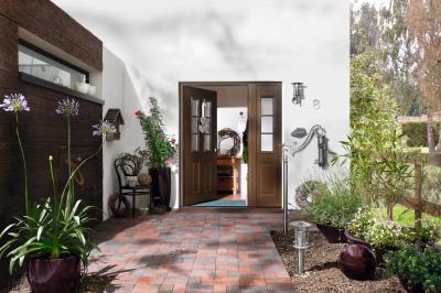 Rusztikus stílusú bejárati ajtó - bejárat ötlet, rusztikus stílusban