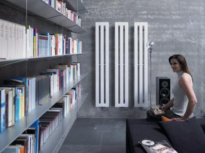 Zehnder Metropolitan függőleges csöves elrendezésű szobai radiátor - nappali ötlet, modern stílusban