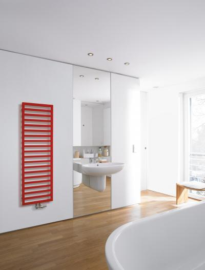 Zehnder Quaro Flame Red melegvizes üzemmód - fürdő / WC ötlet, modern stílusban