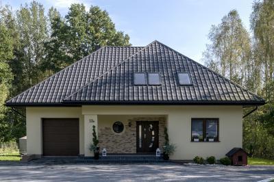 Cserepeslemez tetőfedés - tető ötlet, modern stílusban
