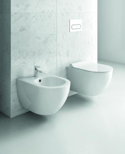 Falra szerelt vécécsésze és bidé - fürdő / WC ötlet, modern stílusban