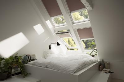 Távvezérelt tetőtéri ablakok - háló ötlet, modern stílusban