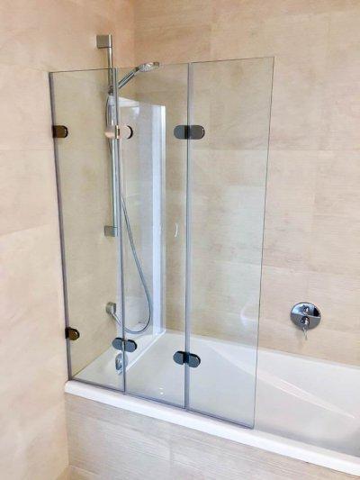 Lapolható kádparaván - fürdő / WC ötlet, modern stílusban