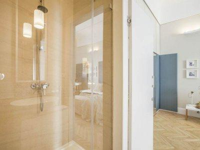 180°-os zuhanykabin - fürdő / WC ötlet, modern stílusban