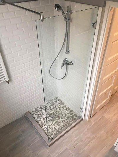 Walk-in - fürdő / WC ötlet, klasszikus stílusban